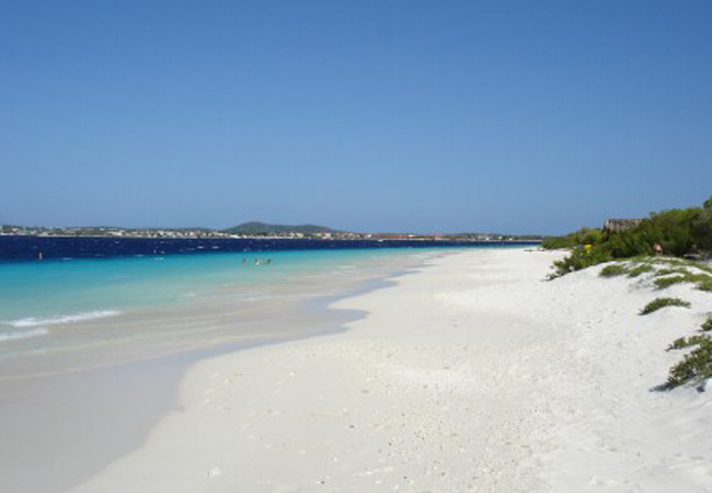 Visit this uninhabited island close to Bonaire and enjoy it's beaches and beautiful underwater world